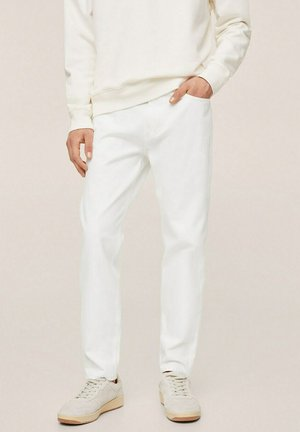 BEN - Jeans Tapered Fit - weiß