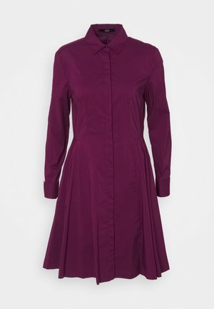 EXCLUSIVE BLOUSE DRESS - Blousejurk - wild berry