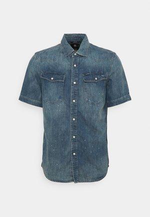 SLIM SHIRT  - Shirt - blue denim