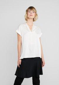 By Malene Birger - RENARD - Blouse - soft white - 0