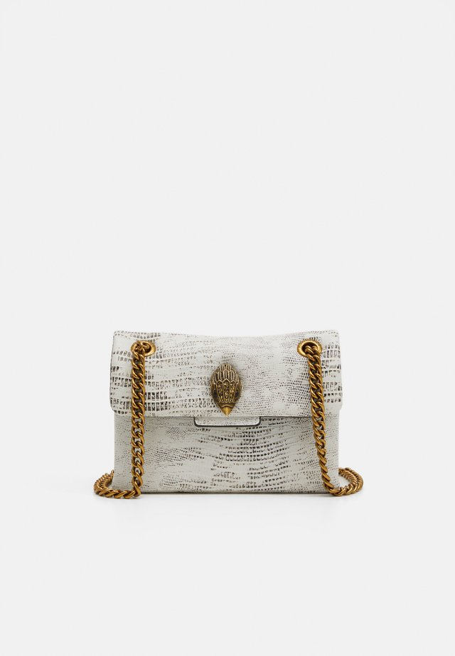 MINI KENSINGTON X BAG - Schoudertas - white