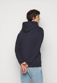 ARKK Copenhagen - BOX LOGO HOODIE - Sweatshirt - maritime blue - 2