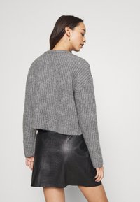 Even&Odd - CROPPED WOOL BLEND JUMPER - Jumper - mottled grey - 4