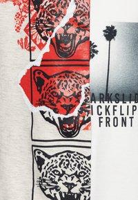 IKKS - T-shirt imprimé - beige clair chiné - 2