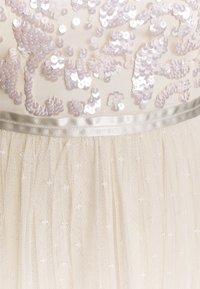 Needle & Thread - TEMPEST BALLERINA DRESS - Koktejlové šaty/ šaty na párty - champagne/pink - 2