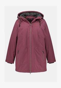 Ulla Popken - PLUS SIZE ECO BIONIC-FINISH® STRETCH - Light jacket - berry - 1