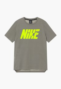 Nike Performance - Print T-shirt - khaki/volt - 0
