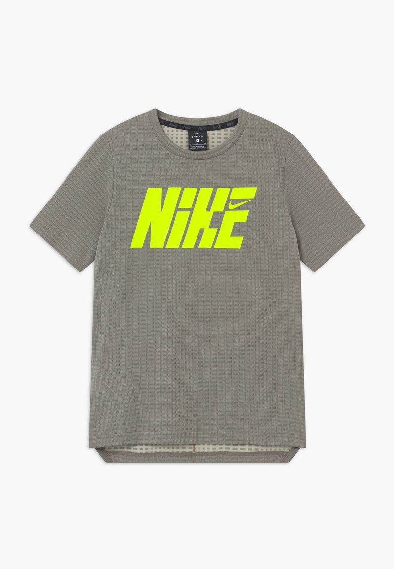 Nike Performance - Print T-shirt - khaki/volt