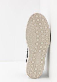 ECCO - SOFT 7 - Sneakersy wysokie - black - 4