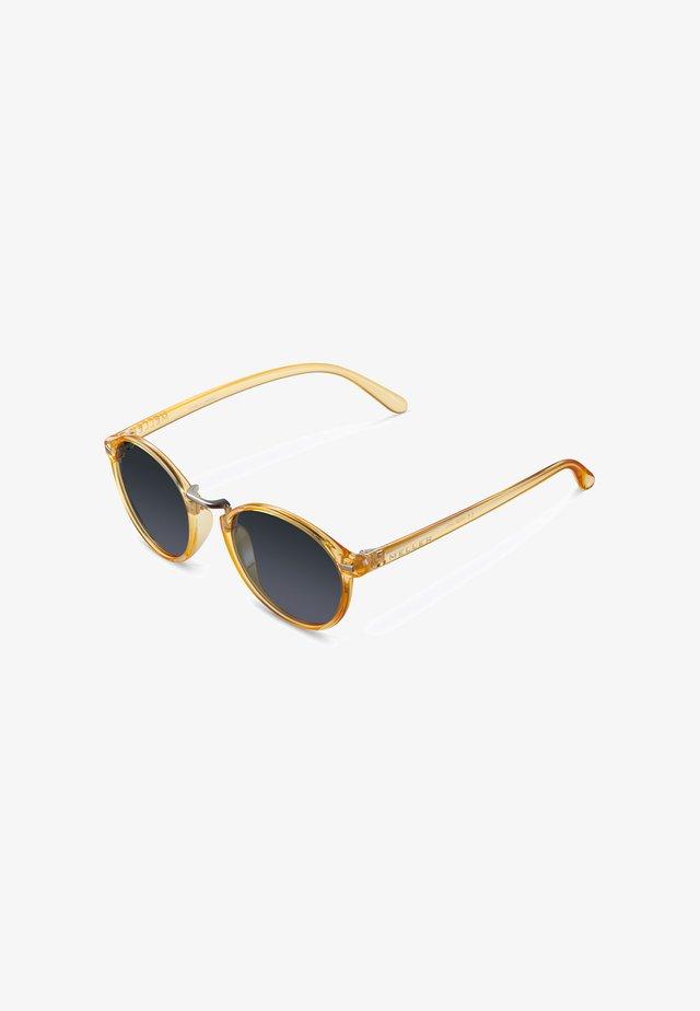 NYASA - Sunglasses - light amber carbon