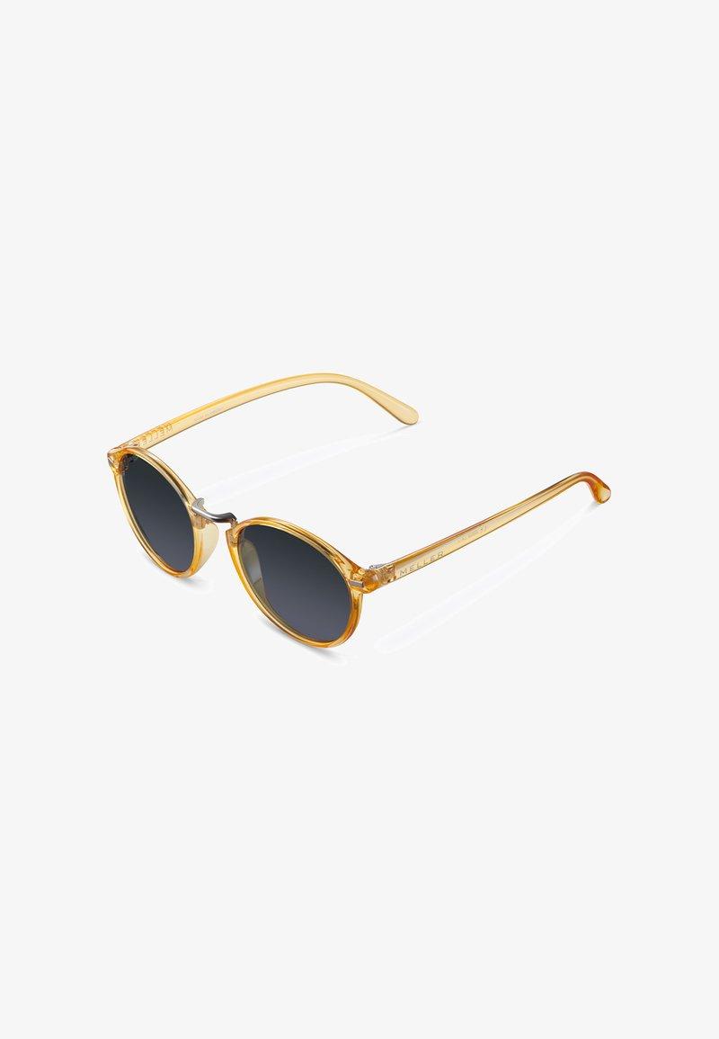Meller - NYASA - Sunglasses - light amber carbon