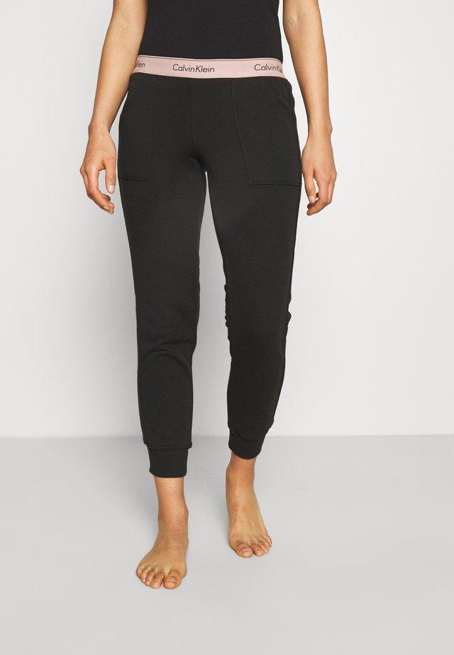 MODERN LOUNGE JOGGER - Pyjama bottoms - black/honey almond