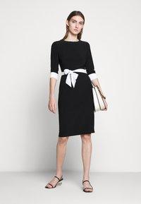 Lauren Ralph Lauren - CLASSIC TONE DRESS - Jerseyklänning - black/white - 1