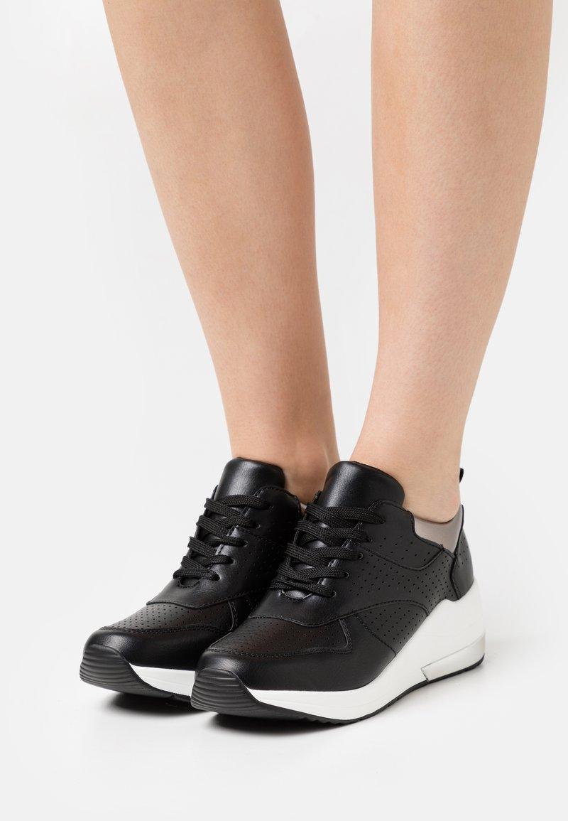KHARISMA - Sneakers laag - soft nero