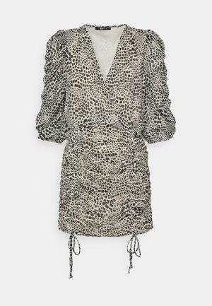 MICHELLE DRESS - Koktejlové šaty/ šaty na párty - white spot