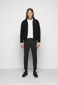 EA7 Emporio Armani - BLOUSON - Light jacket - black - 1