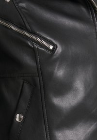 Vero Moda - VMHOPE COATED JACKET - Faux leather jacket - black - 5