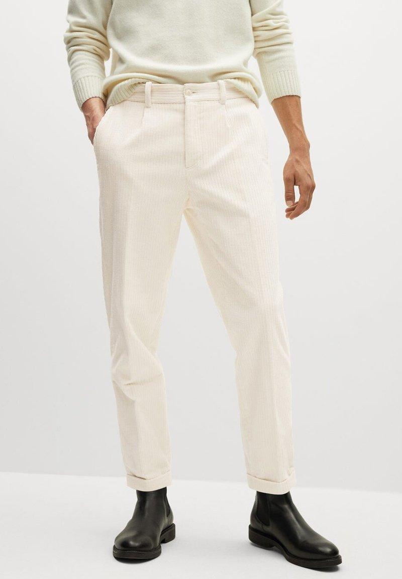 Mango - AUS CORD - Trousers - ecru