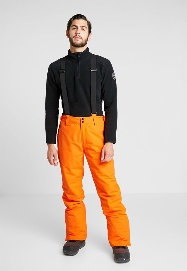 FOOTSTRAP MEN SNOWPANTS - Talvihousut - fluo orange
