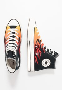 Converse - CHUCK TAYLOR ALL STAR 70 ARCHIVE PRINTS REMIXED - High-top trainers - black/enamel red/bold mandarin - 2