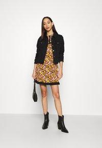 Topshop - COLLAR FLORAL MINI DRESS - Day dress - multicolor - 1