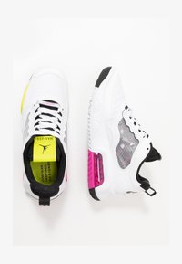 white/active fuchsia/cyber/black