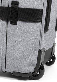 Eastpak - TRANVERZ L - Wheeled suitcase - sunday grey - 6