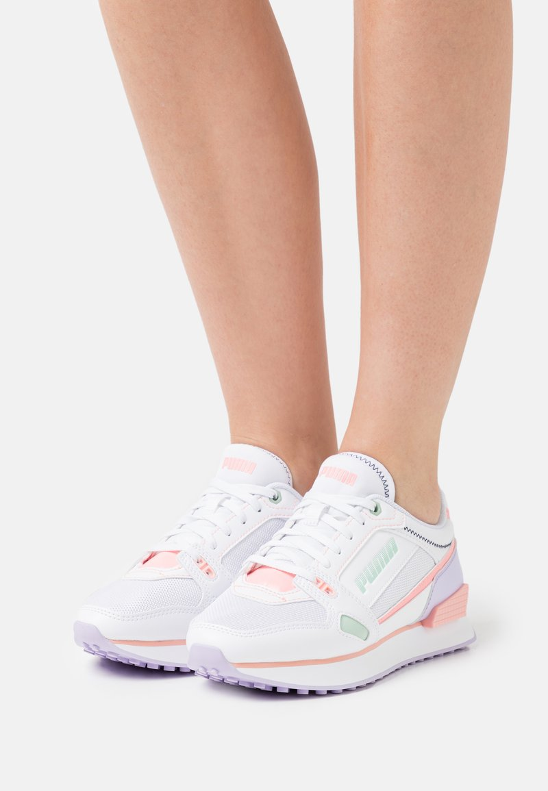 Puma - Trainers - white/elektro peach/light lavender