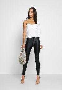 Missguided - VICE HIGH WAISTED COATED - Broek - black - 1