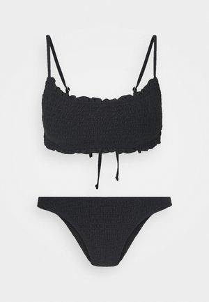 BACKLESS RUFFLE TOPREFINED BRAZILIAN SET - Bikini - black shirred