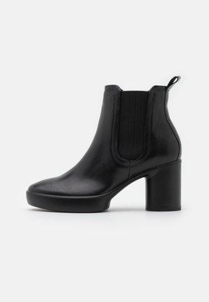 SHAPE SCULPTED MOTION  - Kotníkové boty na platformě - black