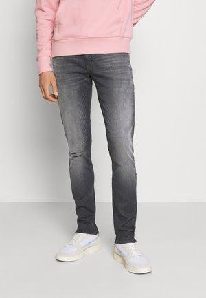 OZZY IN POWER STRETCH - Jeans slim fit - steel greey