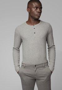 BOSS - TRIX - Long sleeved top - light grey - 0