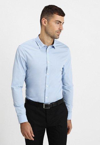 2 PACK - Formální košile - white/light blue