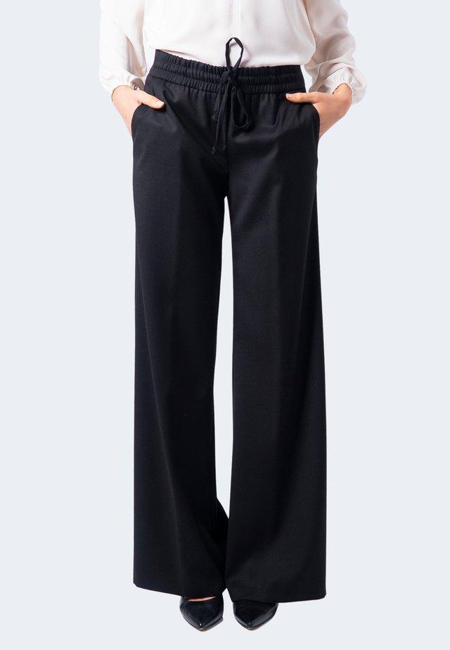 MANFREDI - Pantaloni - black