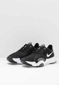 Nike Performance - SUPERREP GO - Sports shoes - black/white/dark smoke grey - 2
