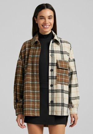 KARIERTE - Button-down blouse - brown