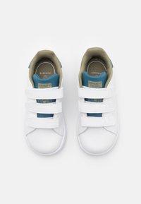 adidas Originals - STAN SMITH ORIGINALS PRIMEGREEN SHOES UNISEX - Trainers - footwear white/orbit indigo - 3