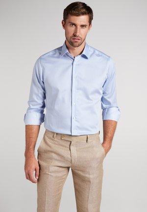 ETERNA LANGARM HEMD MODERN  FIT - Formal shirt - hellblau/weiß