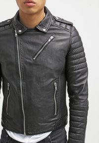 Serge Pariente - HIPSTER  - Leather jacket - noir - 3