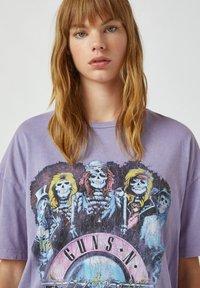 PULL&BEAR - Print T-shirt - purple - 3