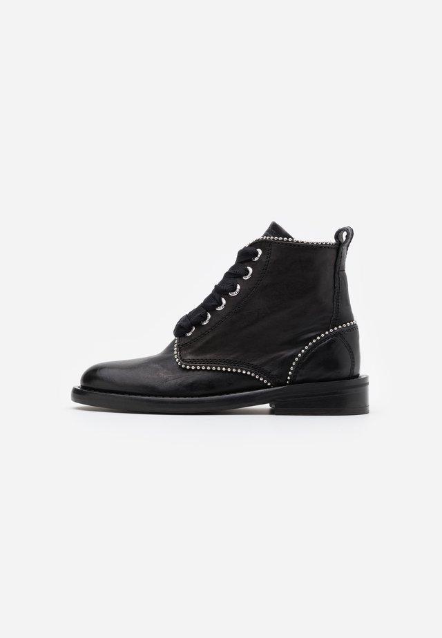 LAUREEN ROMA - Boots à talons - noir