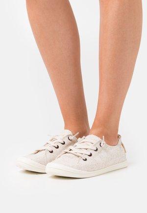 BAYSHORE - Sneakers - tan/gold