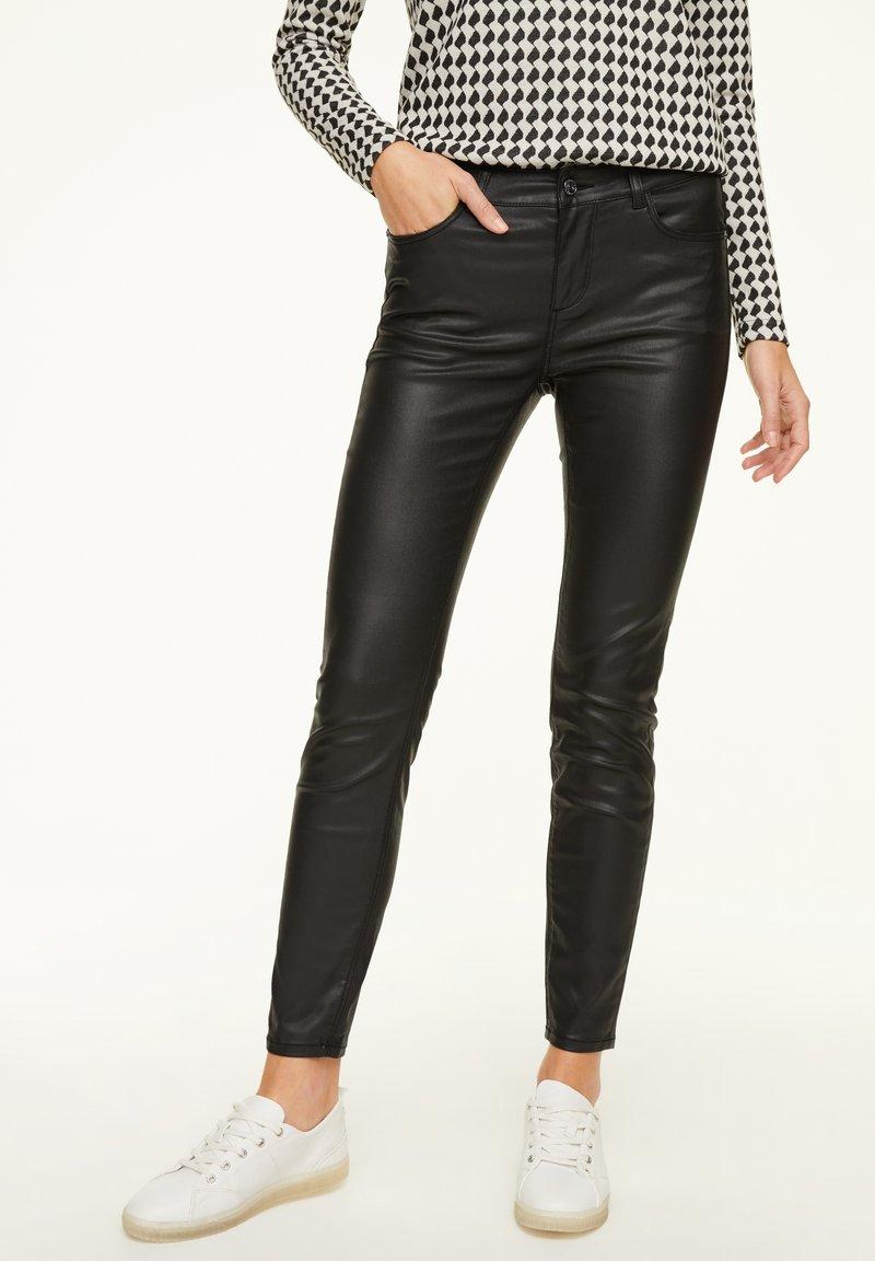 comma casual identity - Trousers - black