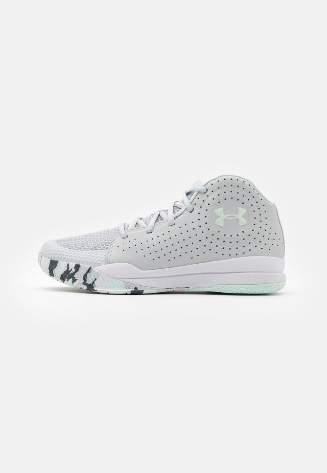 JET 2019 UNISEX - Basketbalové boty - halo gray