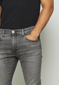 Levi's® - 512 SLIM TAPER  - Slim fit jeans - richmond power - 4