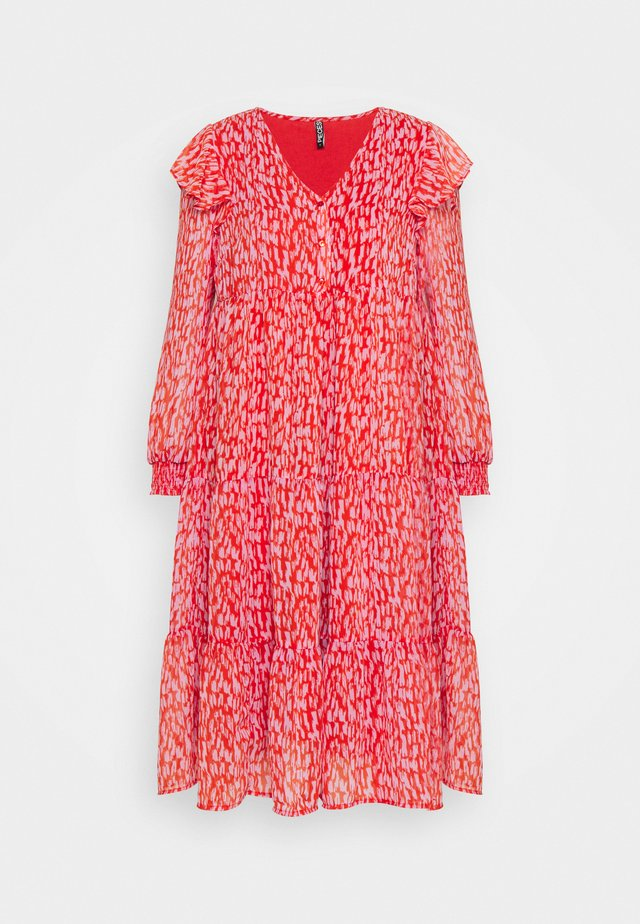 PCRIO DRESS - Day dress - red clay/orchid bloom