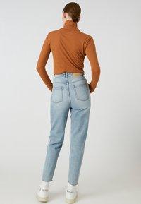 ARMEDANGELS - MALENAA - Long sleeved top - brown - 2