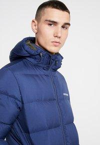Calvin Klein Jeans - HOODED DOWN PUFFER  - Winter jacket - blue - 4