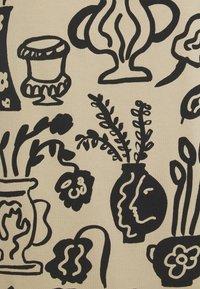 Monki - TAVI - Pyjama - beige - 6